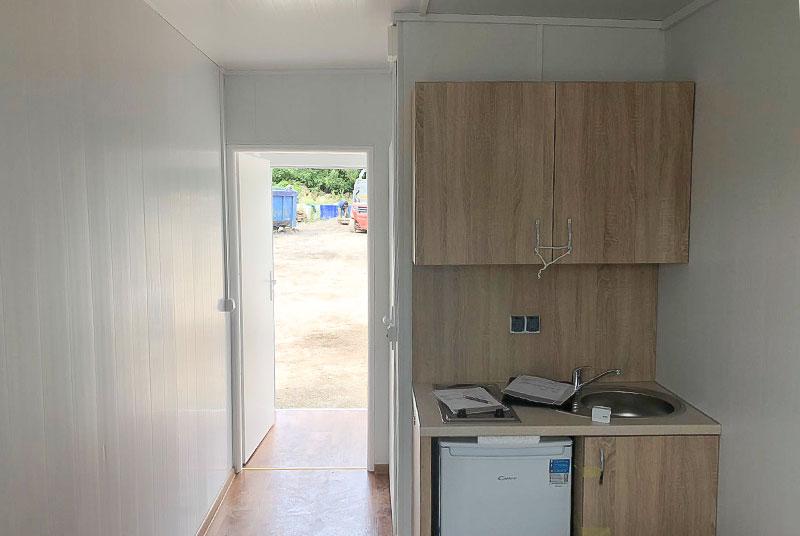 Wohncontainer W3 (14,7m²) (mit Einzelbett, Esstisch, Bad u ...